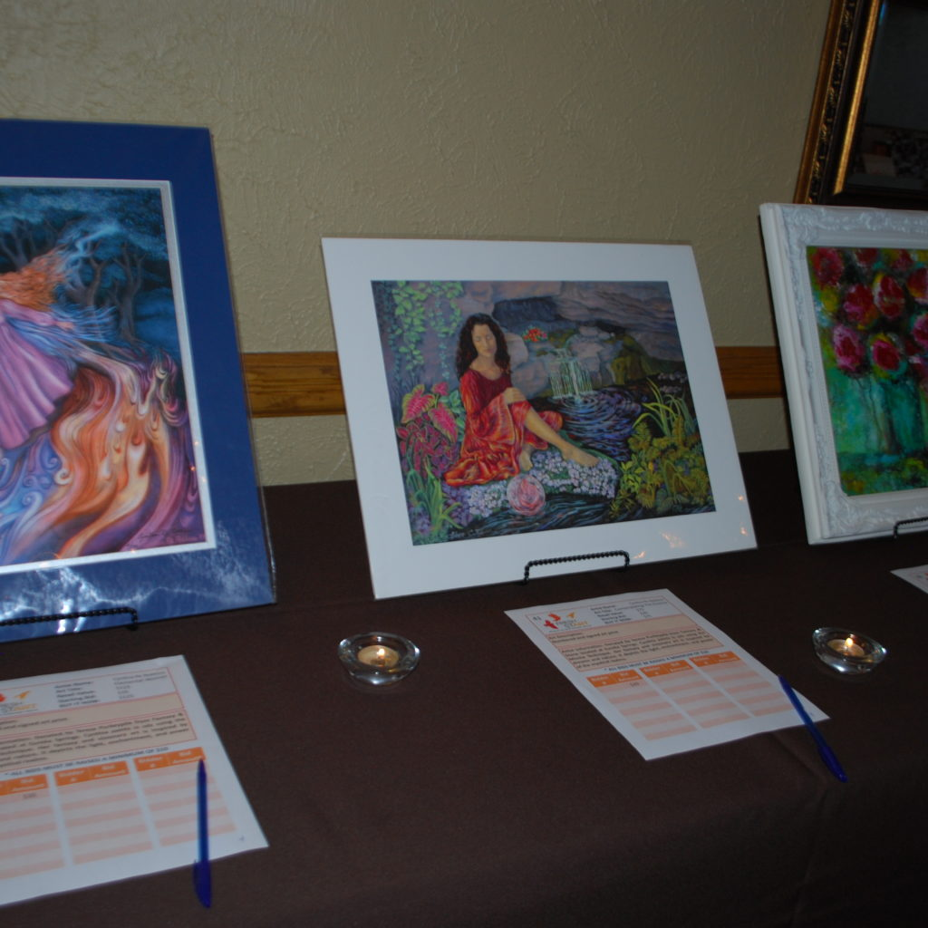 Silent Auction Art Photo Credit: 3W Magazine
